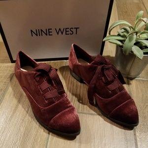 Nine West Maroon Velvet lace up sneaker 8